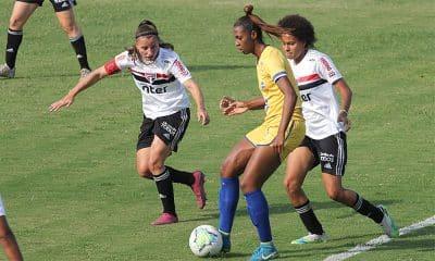 Fernanda Tipa 100 jogos São José futebol feminino