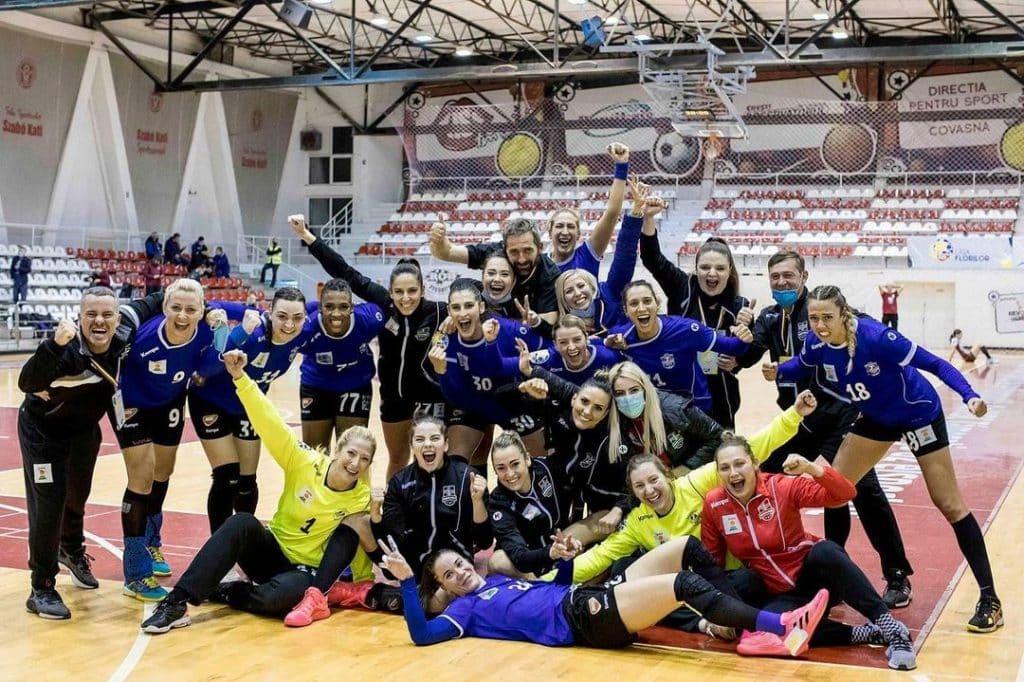 Bruna de Paula, (Nantes) Gabi Moreschi (Fleury Loiret) e Tamires Araúijo (Dunarea Braila) se garantiram na fase de grupos da Liga Europeia 2020/21