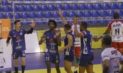 Pela 2ª rodada da Superliga masculina de vôlei, três jogos ocorreram nesse sábado (7), com vitórias de Cruzeiro, Vôlei Renata e Uberlândia