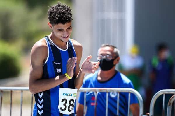Destaques do Campeonato Brasileiro Sub-20 de atletismo, os mineiros Dudu Moreira e Petronilho já estão de olho nas competições adultas