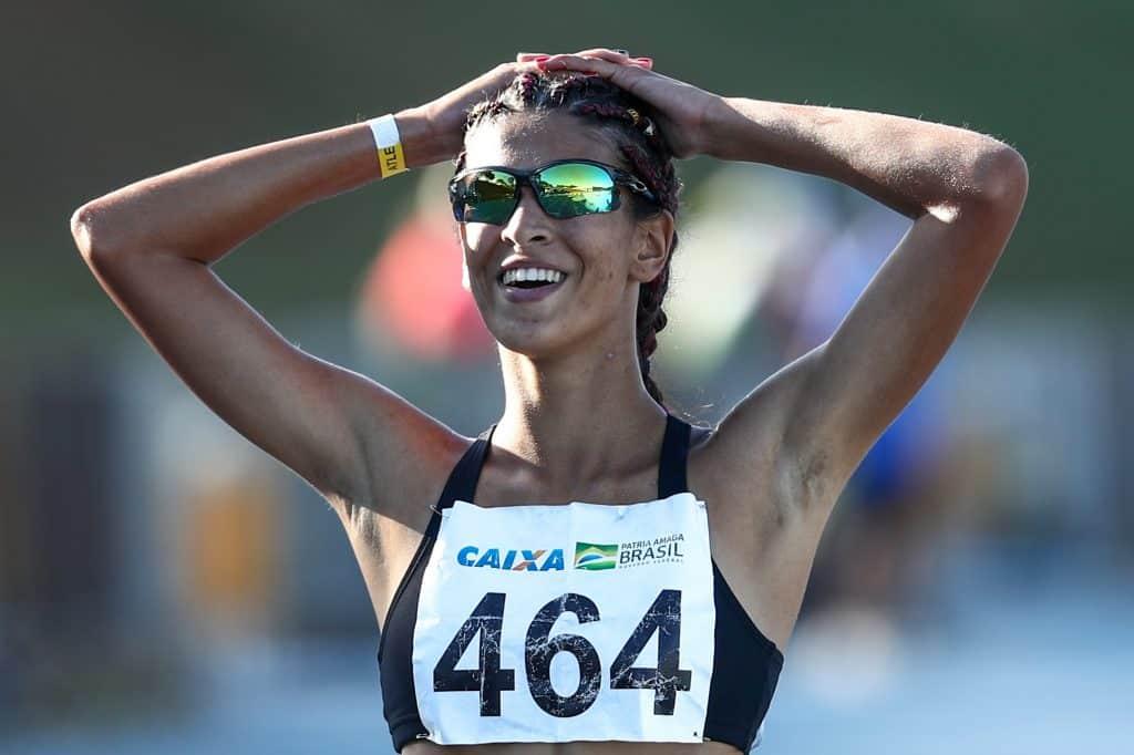 Aylana Cezar ganha os 2.000 m com obstáculos