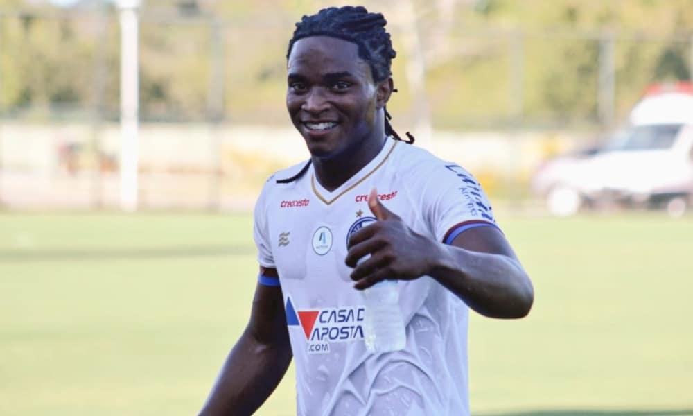 Ao lado de Thiago Andrade, Daniel (foto) foi um dos destaques do Bahia no jogo (Twitter/ECBahia)