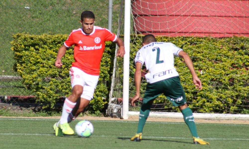 No Campeonato Brasileiro Sub-20, o Internacional recebeu o Palmeiras e perdeu por 1 a 0 (Jota Finkler/Internacional)