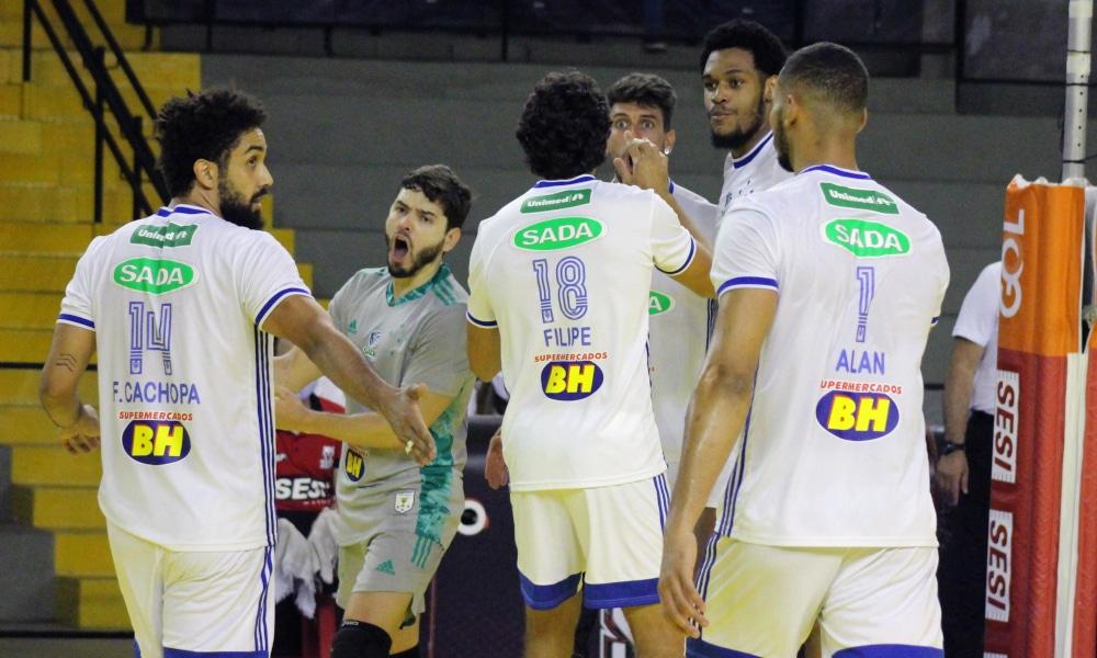 Com a vitória sobre o Sesi, o Sada Cruzeiro assumiu a vice-liderança da Superliga masculina (Amanda Demétrio/Sesi-SP)
