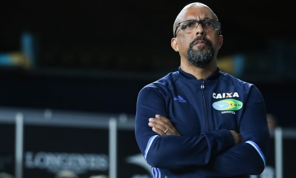 Marcos Goto é o coordenador técnico da seleção brasileira masculina de ginástica (Ricardo Bufolin/CBG)