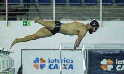 Os atletas da seleção de natação paralímpica estão focados nos Jogos de Tóquio, em 2021. De olho na competição, os principais nadadores brasileiros fizeram sessões de treinos com tomada de tempo nas piscinas do Centro de Treinamento Paralímpico, em São Paulo. As atividades tiveram o intuito de possibilitar um ritmo semelhante ao dos eventos que ocorrerão no ano que vem, entre eles, a Paralimpíada.