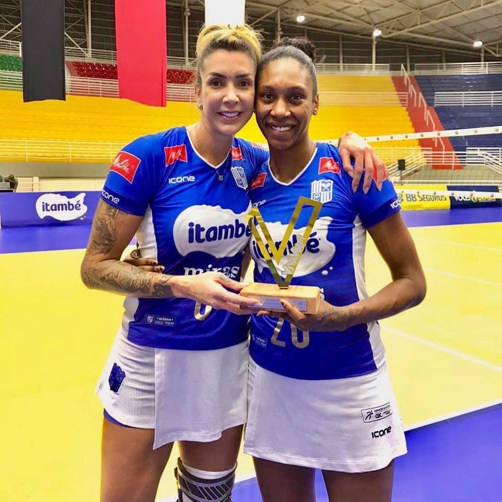 Na abertura da 5ª rodada da Superliga feminina, o São Paulo Barueri recebeu o Minas Tênis Clube e caiu por 3 sets a 0; equipe de BH dormirá na liderança