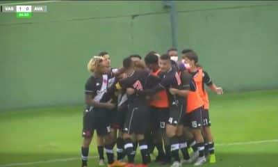 O Vasco confirmou sua vaga na semifinal da Copa do Brasil Sub-20 com mais uma vitória diante do Avaí. Após ganhar por 1 a 0 na ida das quartas de final, em Florianópolis, os Meninos da Colina venceram novamente, mas, desta vez, no estádio Nivaldo Pereira, em Nova Iguaçu, por 3 a 0. Figueiredo, Menezes e Caio Lopes marcaram para o time cruzmaltino que encara, na próxima fase, o vencedor do duelo entre Goiás e Atlético-MG