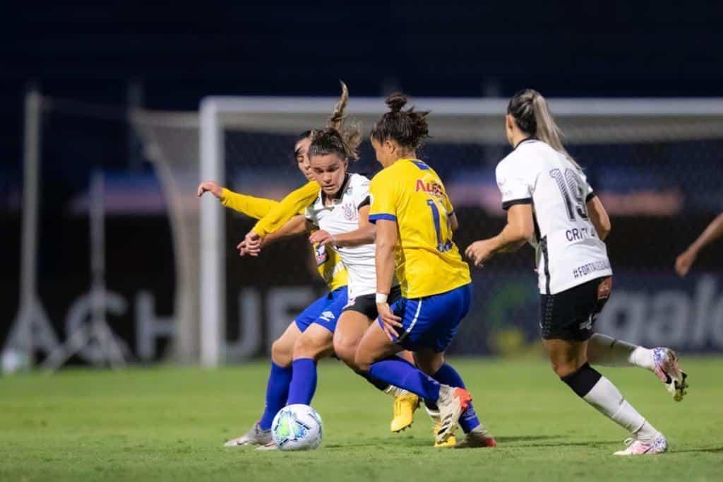 Jogo foi mais equilibrado na segunda etapa Brasileiro feminino