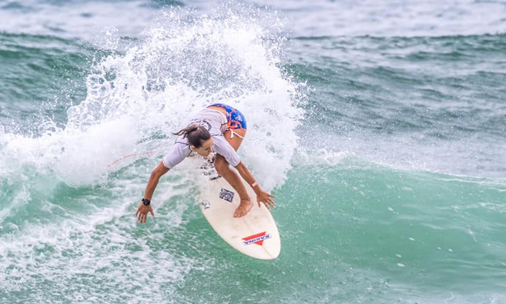 Maju Freitas circuito brasileiro de surfe sub-18 CBSurf Júnior