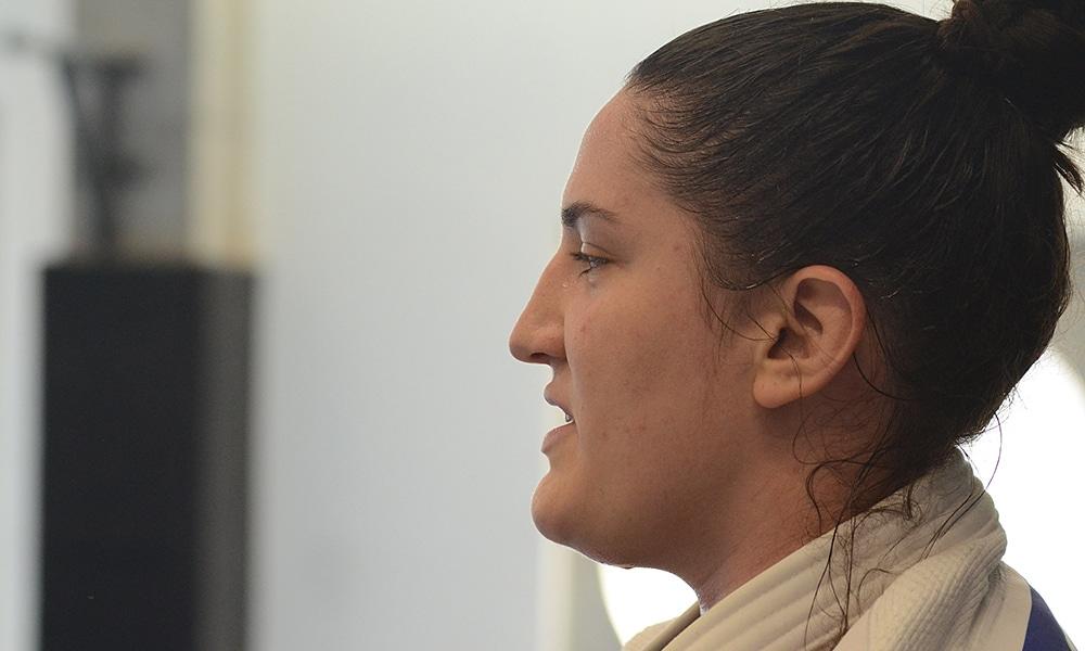 Mayra Aguiar lesão joelho esquerdo judô Missão Europa Portugal