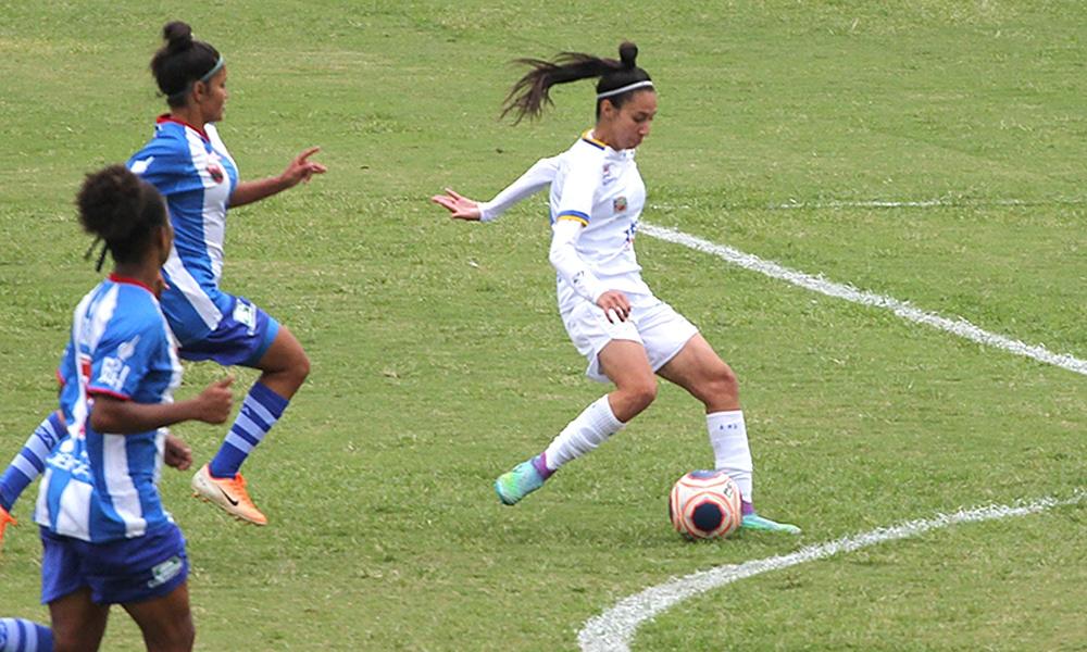 Mylena Carioca São José futebol feminino