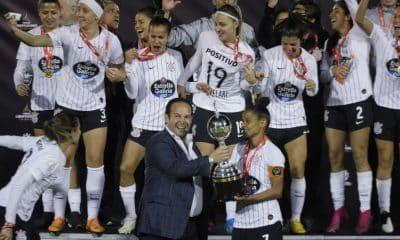 Os dirigentes do futebol feminino sul-americano participaram nesta quinta-feira (17) do Congresso Futebol com F de Feminino. Entre eles, o presidente da Conmebol (Confederação Sul-Americana de Futebol), Alejandro Domínguez, que aproveitou para divulgar que a Copa América Feminina passará a ser realizada de dois em dois anos a partir de 2022 e a proposta de criação da Copa Intercontinental entre clubes femininos