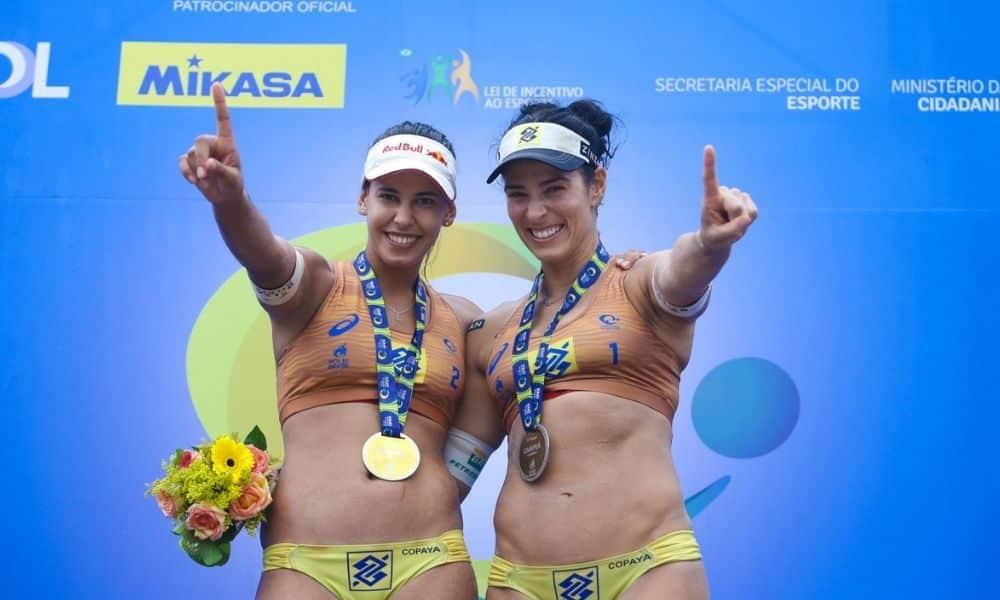 Ágatha e Duda estão entre os atletas brasileiros com destaque neste ano (William Lucas/Inovafoto/CBV)