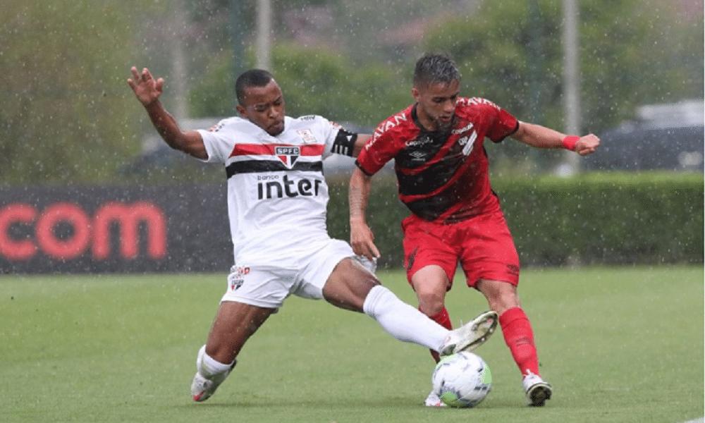 São Paulo e Athletico empatam e vaga fica em aberto