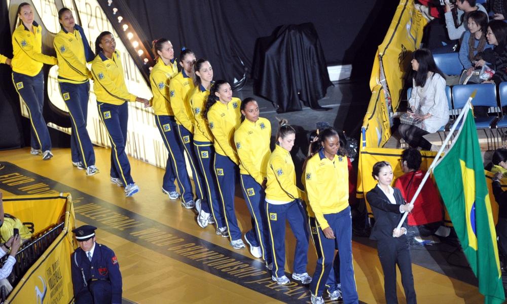 A seleção brasileira feminina de vôlei foi medalha de prata em 2010 (FIVB/Divulgação)