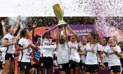 corinthians campeão paulista feminino ferroviária troféu