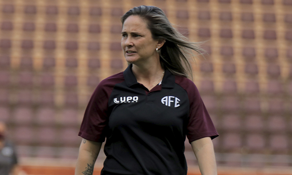 Tatiele Silveira Ferroviária técnica futebol feminino
