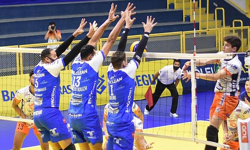 EMS Taubaté Funvic Azulim/Gabarito/Uberlândia Copa Brasil vôlei masculino ao vivo Superliga