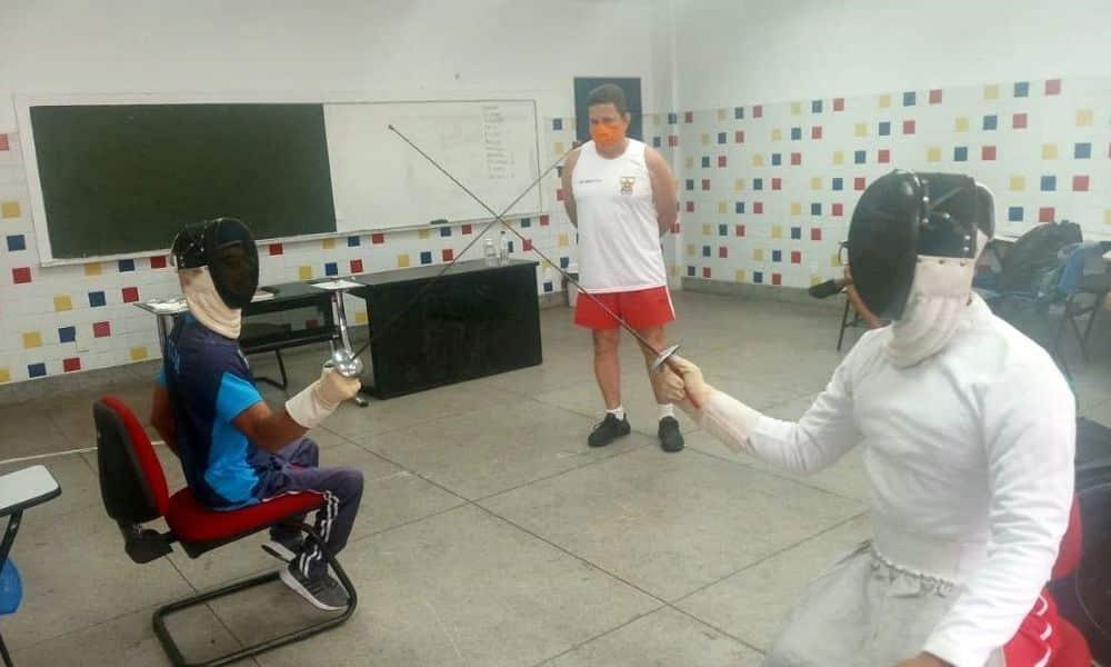 Esgrima é implementada em clubes do Nordeste