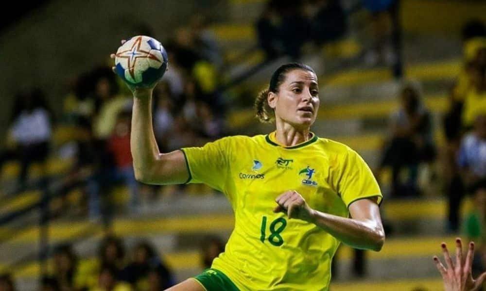 Duda Amorim jogadora da década no handebol feminino