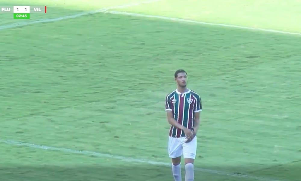O Fluminense empatou no início do segundo tempo com gol de Samuel de cabeça (Reprodução/MyCujoo)