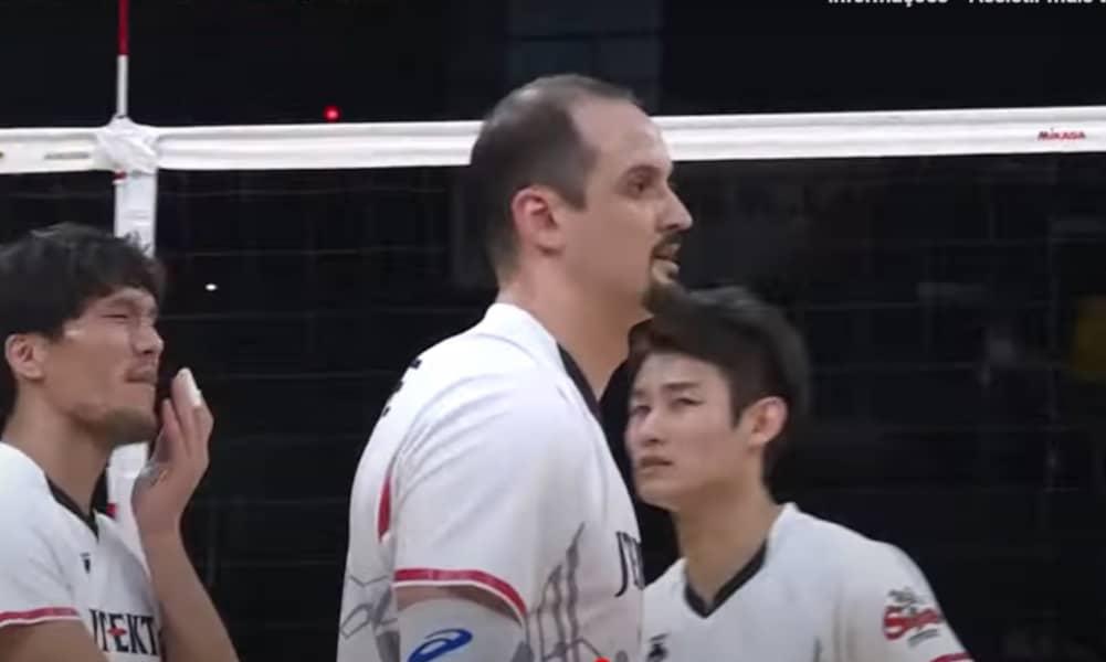 Além de Natália, o ponteiro Lipe também jogou nesta sexta e foi derrotado na Liga Japonesa de vôlei (Reprodução)
