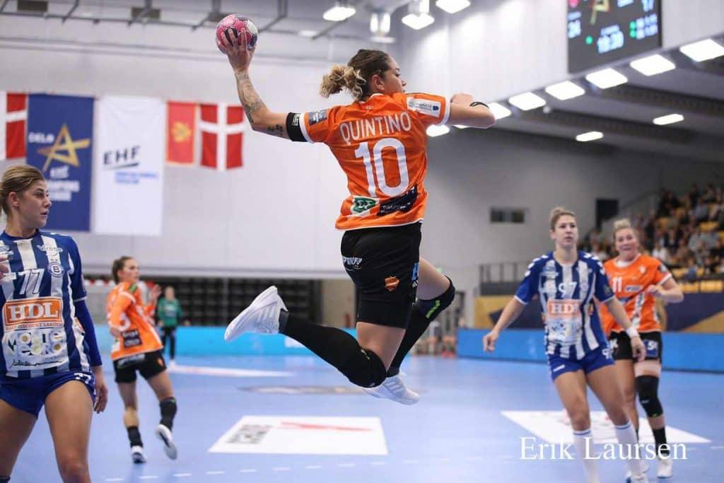 Jéssica Quintino, em seu quinto ano no Odense e em sua segunda Champions League, almeja título da competição.