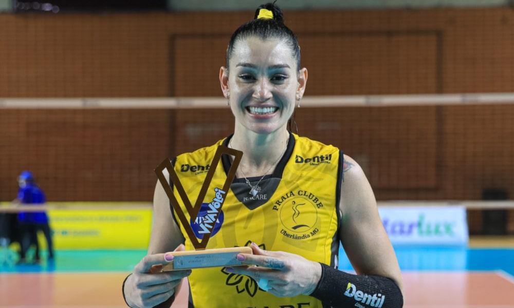 A levantadora Claudinha, atleta do time de Uberlândia, foi eleita a melhor em quadra (Ricardo Bufolin/ECP)
