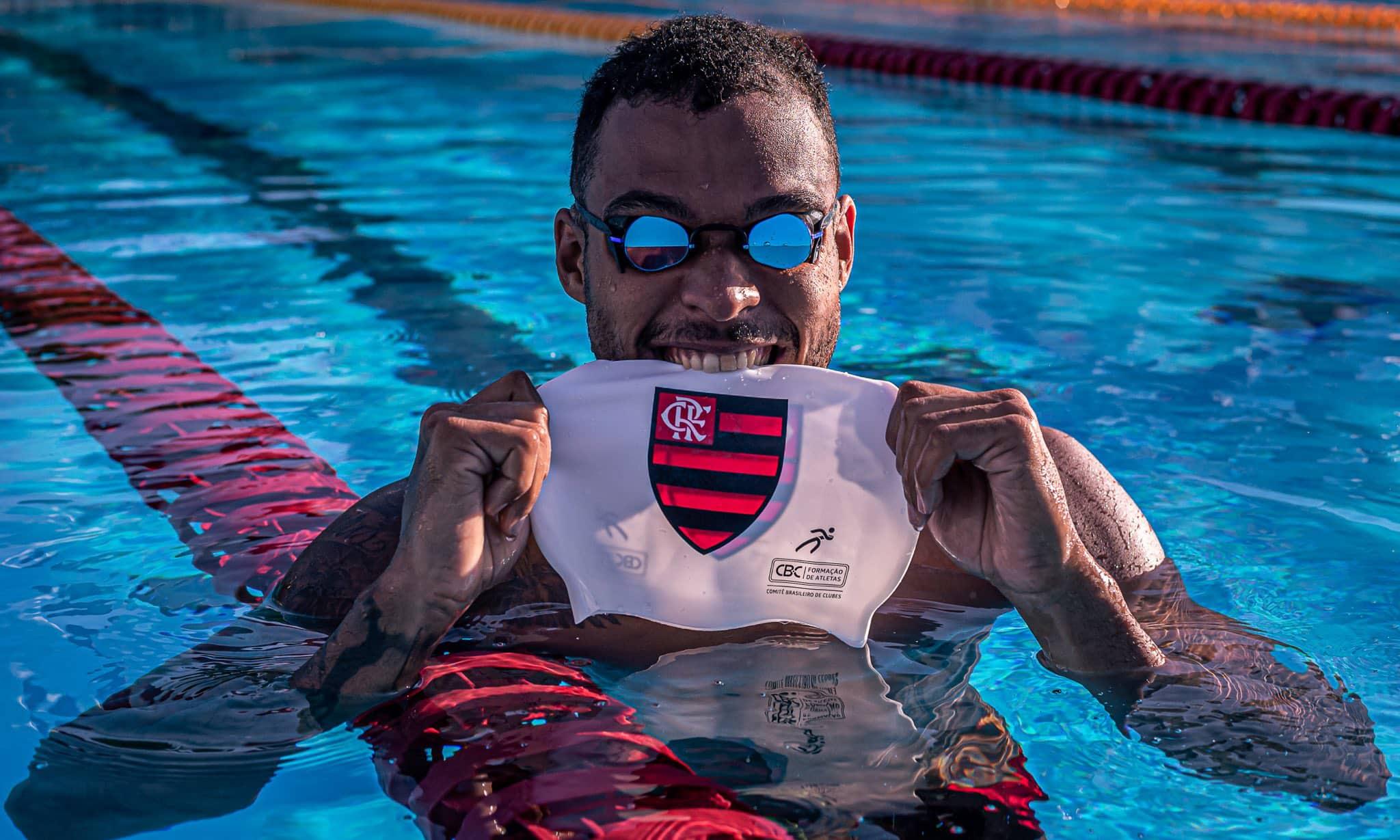 Matheus Santana natação flamengo reforço tóquio 2020 troféu maria lenk