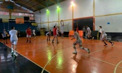 Vila Nova segue preparação para estreia neste sábado (23)