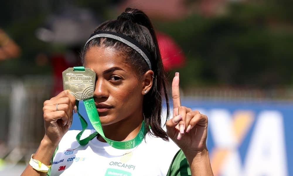 Ana Carolina Azevedo