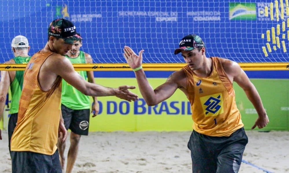 André e George são os líderes do ranking nacional (Ana Patrícia/Inovafoto/CBV)