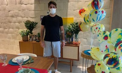 Bruno Schmidt chega em casa após Covid-19