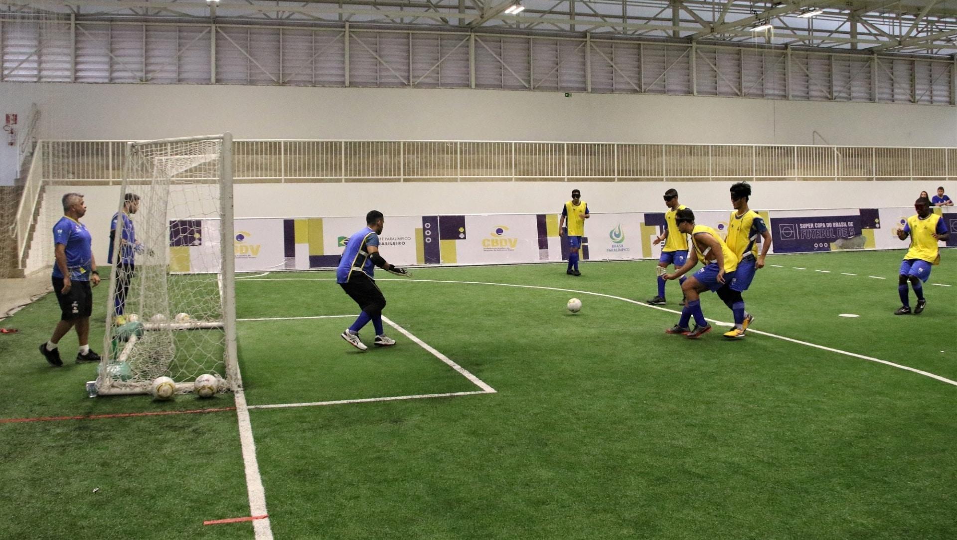 futebol 5 e goalball retomam as atividades