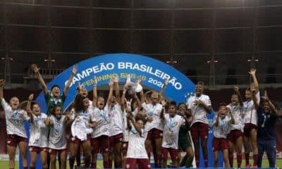 Fluminense campeão brasileiro sub-18 de futebol feminino em cima do internacional