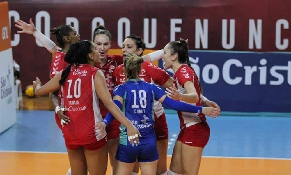 Osasco x Curitiba Superliga de vôlei feminino