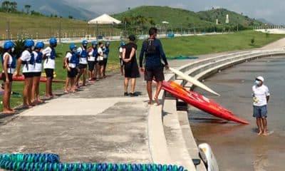 escolinha de canoagem slalom em deodoro