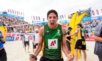 Álvaro Filho vai disputar com Alison os três torneios de vôlei de praia em Cancún