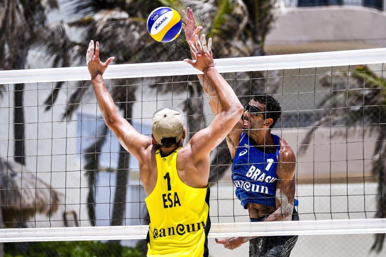 Pedro Solberg e Arthur e Guto e Arthur Mariano venceram suas partidas no quali da 3ª etapa do Cancún Hub e estão na chave principal; Carol Solberg e Bárbar