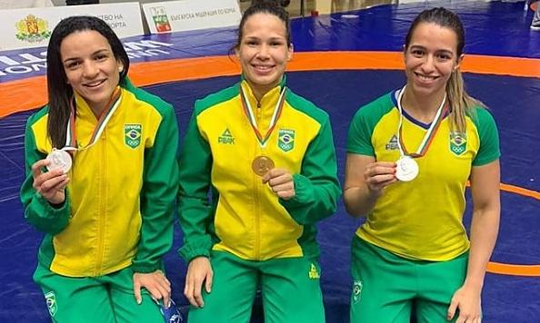 Giullia Penalber Laís Nunes Kamila Barbosa wrestling Bulgária Torneio Internacional Dan Kolov-Nikola Petrovd