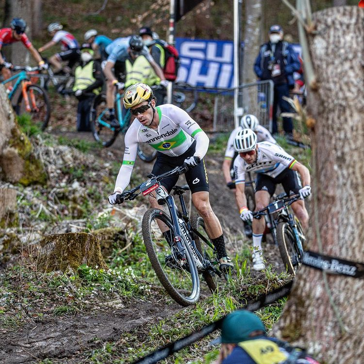 Henrique Avancini mountain bike