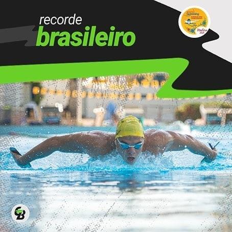 Nadador da classe S14, Gabriel Bandeira fechou sua participação no Aberto Europeu de natação paralímpica em Funchal, Portugal com o ouro nos 100m borboleta