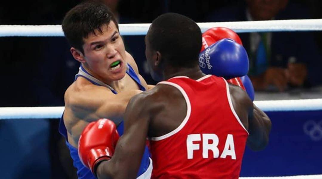 Boxe Daniyar Yeleussinov