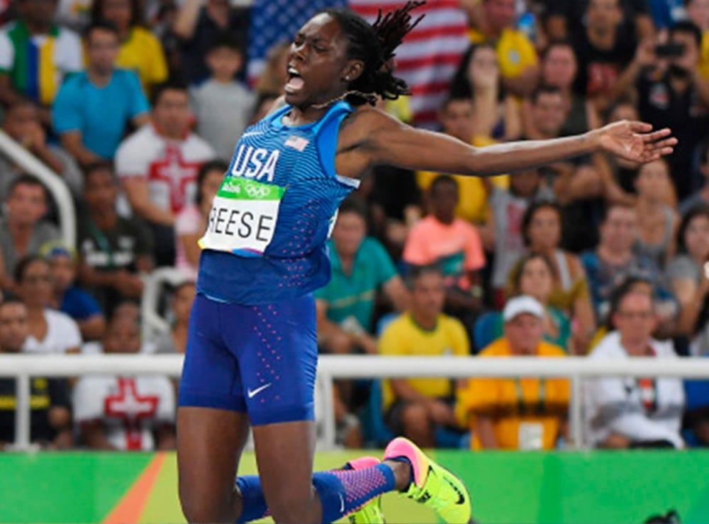 Brittney Reese no salto em distância feminino em Tóquio-2020