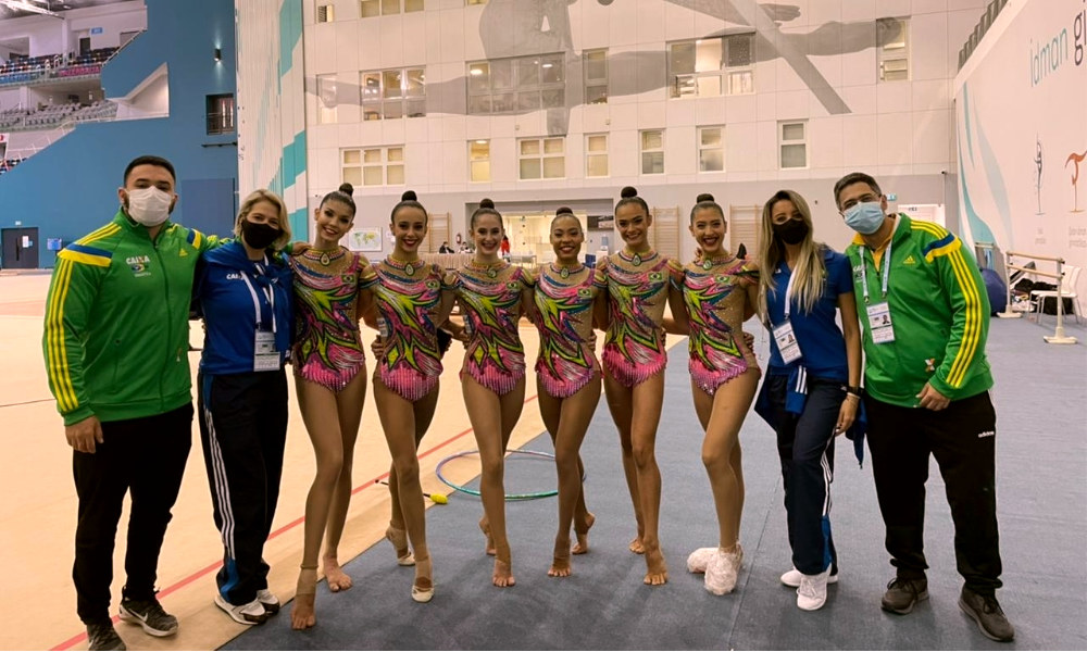 Conjunto brasileiro - Copa do Mundo de ginástica rítmica - Natália Gaudio - Bárbara Domingos
