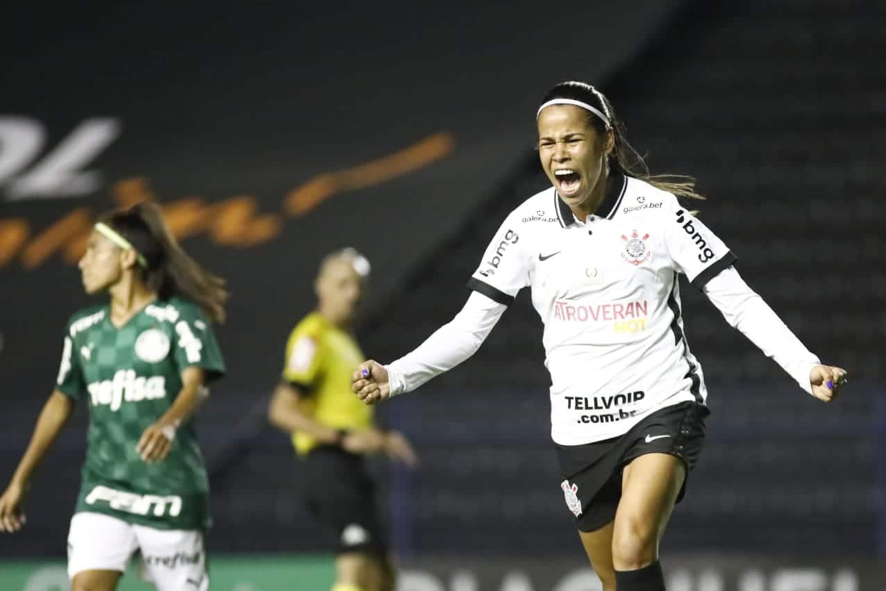 Tudo igual no primeiro clássico entre Cornthians e Palmeiras no Campeonato Brasileiro feminino 2021: 1 a 1 em partida válida pela 6ª rodada