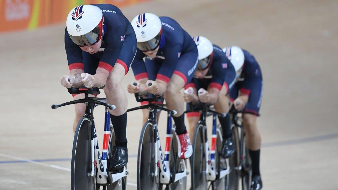 Perseguição equipes feminino Grã-Bretanha