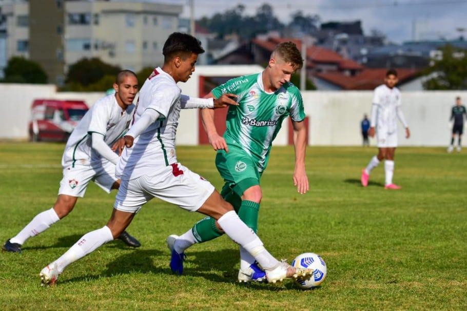 Juventude bateu o Fluminense por 1 a 0 no Sul do Brasil
