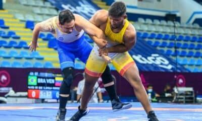 Pan-Americano cadete e júnior de Wrestling